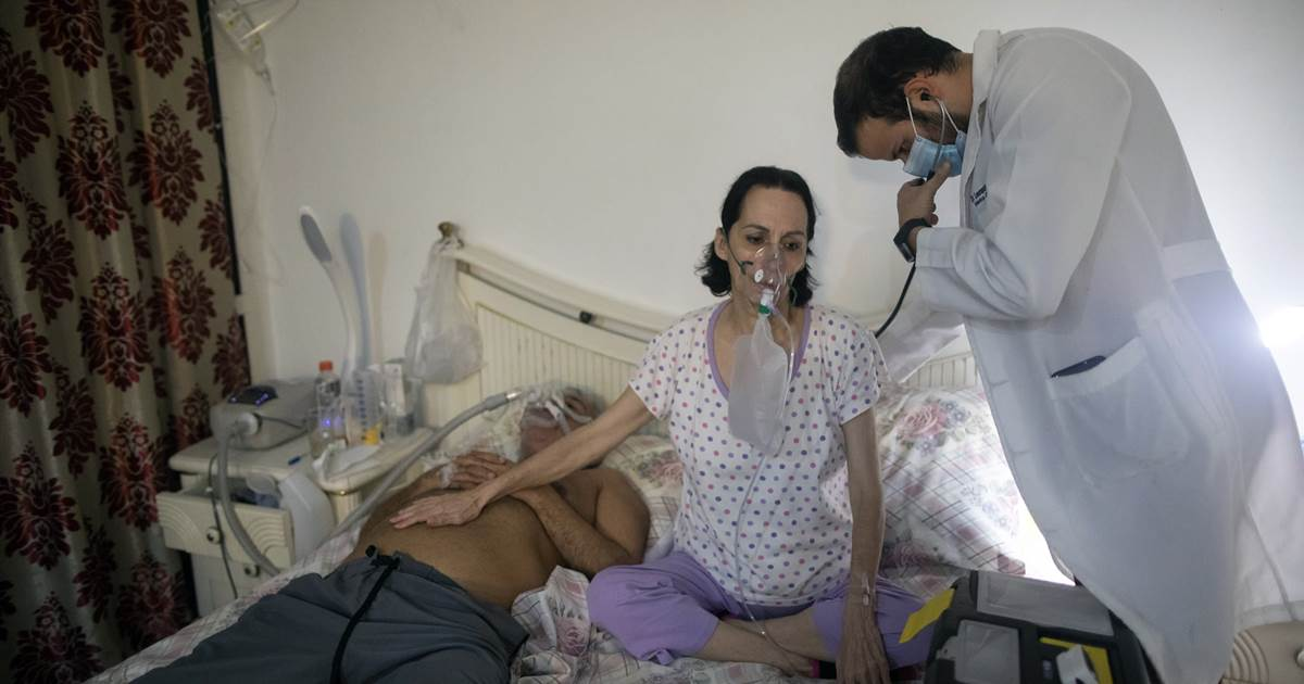 in-venezuela-more-covid-patients-are-being-treated-at-home.jpg