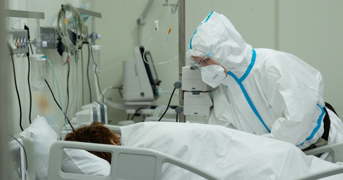 moscow-orders-new-restrictions-as-covid-19-infections-soar-in-the-city.jpg