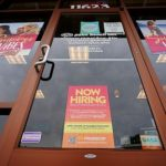 US jobless claims rise by 4,000 to 353,000